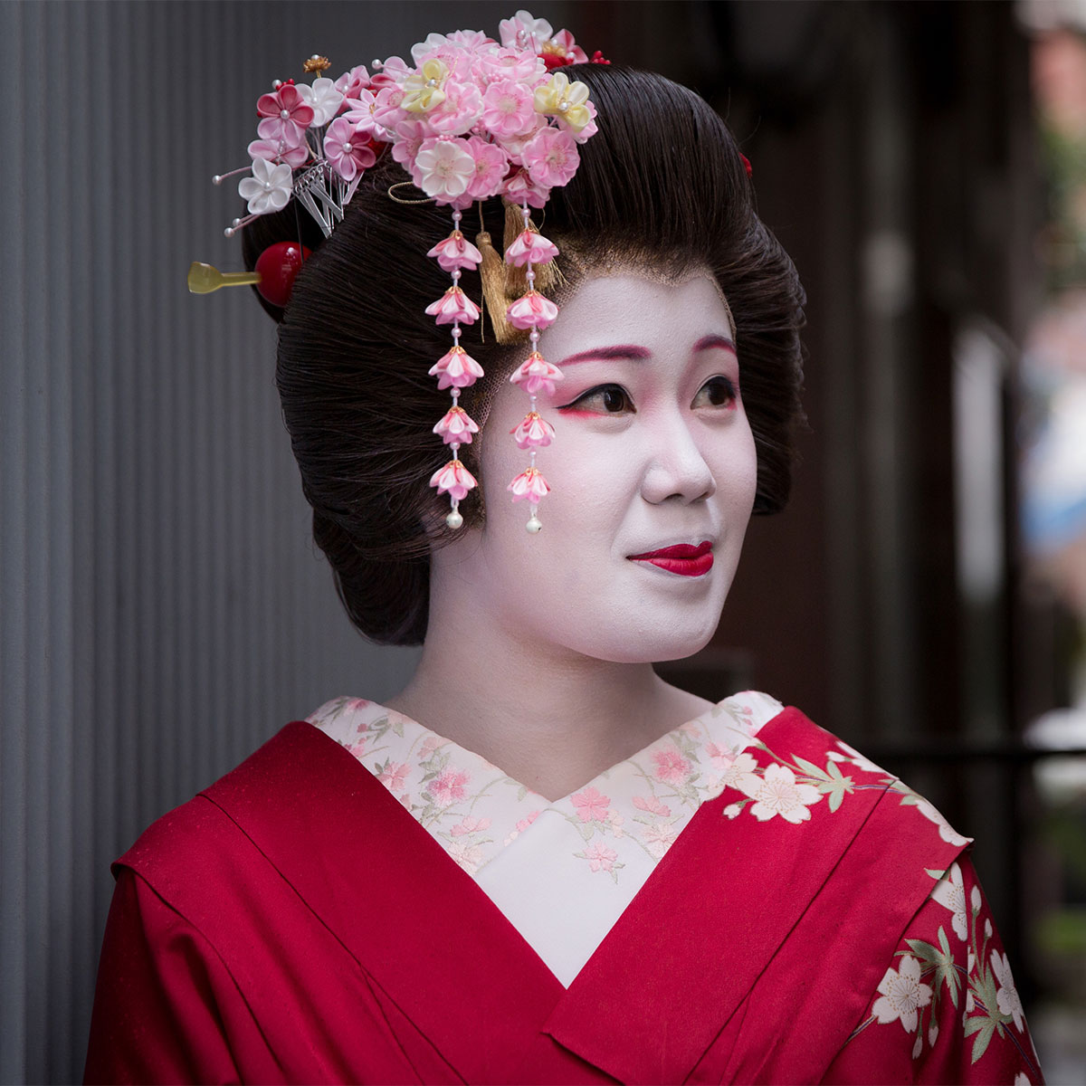 How to Book Geisha in Japan